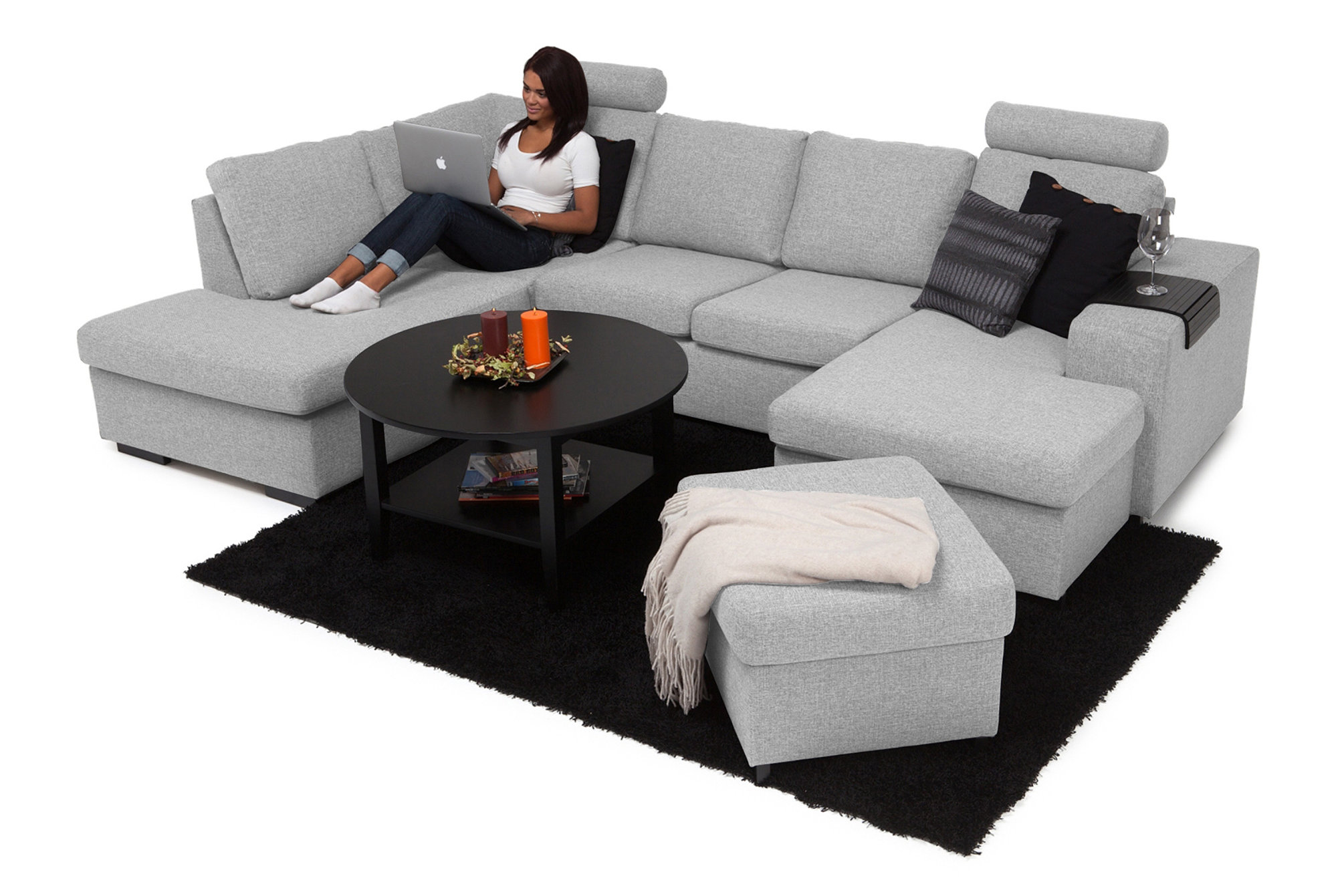 If you're looking for a stylish u shaped sectional couch, this is one such place where you can find it. See how good this u couch is.