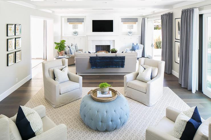 floating couches in the living room is an amazing idea to maximize the space